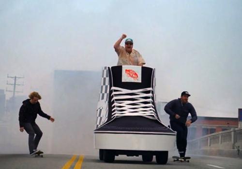 Vansによるド派手で突き抜けて楽しいコマーシャル
