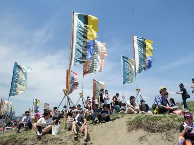 JAPAN JAMがビーチで開催!潮風の野外フェス『JAPAN JAM BEACH 2015』レポート
