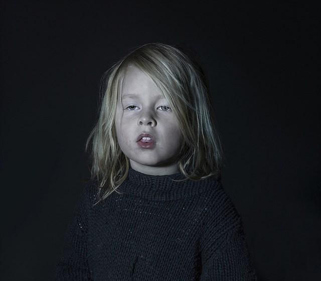 乳幼児期のテレビの観過ぎは言語発達に悪影響を与えることが判明ーテレビは「馬鹿になる箱」なのか?