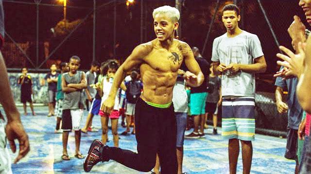 一挙一動が芸術!4人の若きブラジル人と『GINGA』-mo:vel shoes